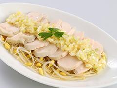 蒸し鶏の葱生姜タレ